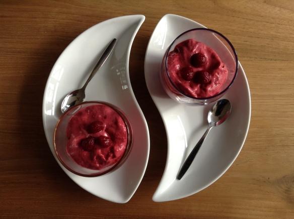 Banana-Raspberry Ice Cream
